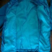 Женская  приталенная курточка Одета очень мало