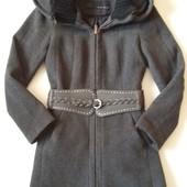 Фирменное шерстяное пальто ZARA pазмер S