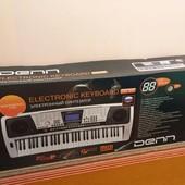Синтезатор Den Dek895