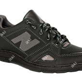 Мужские демисезонные кроссовки черного цвета (Т-22 ч)
