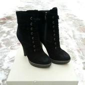 Замшевые ботинки ботильйоны 24 ст