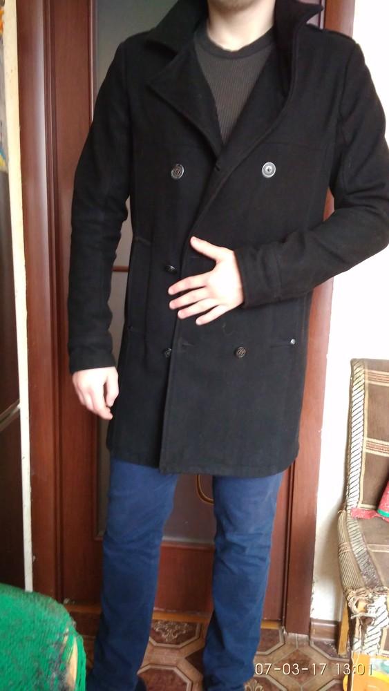 Пальто мужское молодёжное фирменное 50 р.чёрное.Испания фото №1
