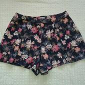 Шикарнве шорты юбка от Hollister,p.L