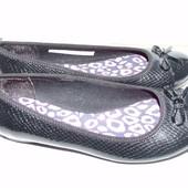Шикарные туфли Clarks р.5 стелька 24 см