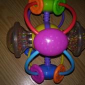 Качественная погремушка, диаметр 48 см.