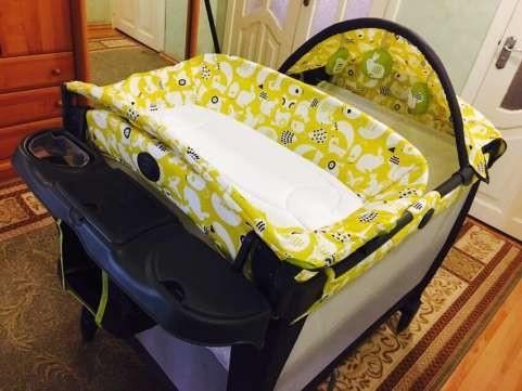 Новый манеж - кроватка graco в упаковке. оригинал с америки. грако. фото №7