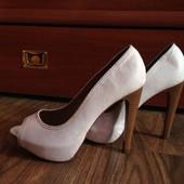 Туфли Stradivarius  размер 40