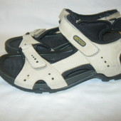 босоножки,сандалии 40р Ecco