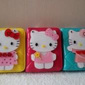 Hello Kitty,лаковый кошелек с зеркальцем размеры