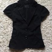 Пиджачек с коротким рукавом коттоновый New look UK 10 EU 38