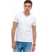 Качественные , фирменные футболки . хлопок 100 % . C&A (германия) размер на выбор