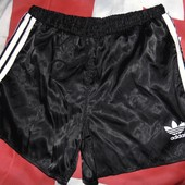 Спортивние фирменние шорти Adidas.м