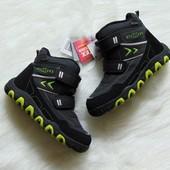 Новые шикарные мембранные сапожки для мальчика. S-Tex. Размер 31