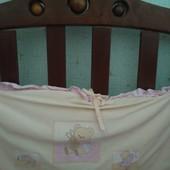 Защита на  4 бортика+накладка с карманами, балдахин, простынь, подушка