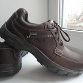 раз.41.Кожаные туфли полуботинки Clarks Gore-tex