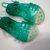 Аквашузы Next или силиконовые сандали на 26
