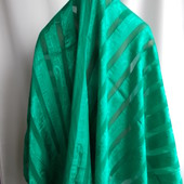 Отрез тонкой,зеленой ткани 1м длина*1,10 ширина, сток из Европы