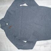 Фирменный свитер р.Л в отличном состоянии