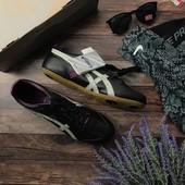 Оригинальные кроссовки Asics с универсальным спортивным дизайном  SH1420