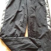 Спортивные подростковые штаны Nike