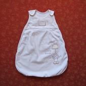 Велюровый спальный мешок на 3-6 месяцев, б/у. На сентипоне. Длина 57 см. Хорошее состояние, без пяте