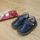 Туфли на мальчика,размер 25