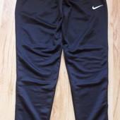 Спортивные брюки Nike Dri-Fit, размер M.
