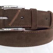 Замшевый ремень 40 мм коричневого цвета пряжка классическая квадратная обшита кожаной вставкой