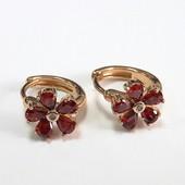 Серьги колечки Xuping позолоченные красный цветок 503