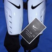 Щитки с голеностопами Nike Park shield L