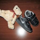 кроссовки Nike оригинал(Индонезия) 21р(стелька11см)