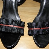 Босоножки на высоком каблуке/ размер 39- 39,5. Снизила цену!!