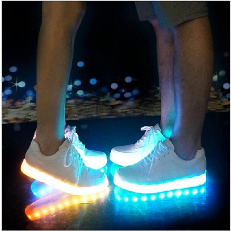 Как сделать обувь светящейся 594