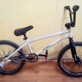 Велосипед BMX. Б/ у в хорошем состоянии.