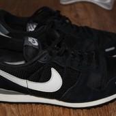 Кроссовки Nike. 41 размер.26,5см. по стельке.Замша,текстиль.Оригинал.