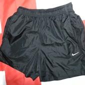 Спортивние фирменние шорти оригинал nike s-m