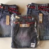 Стильные джинсовые шорты River Island для модницы. Сток. Размеры 128 на 7-8 лет, 152 на 11-12 лет.