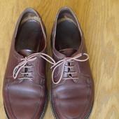 Туфлі шкіряні на 37 розмір стелька 24 см Barker