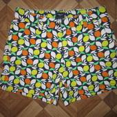 На 9,5-11 лет Яркие шорты GapKids девочке