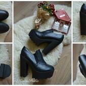 Туфли на платформе и каблуке р-р 41