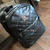 Городской женский стёганый рюкзак (1