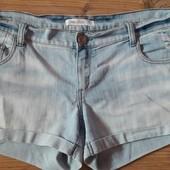 Стильные джинсовые шортики Gloria Jeans на р. 52.