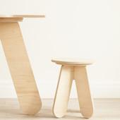 Детский деревянный стол столик