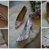 Нежные туфли-лодочки в цветах р-р 39