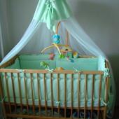 Набор постельного в детскую кроватку в идеальном состоянии