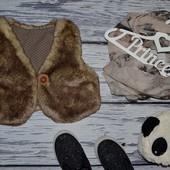 3 - 4 года 104 см Обалденно модная фирменная Красивенная теплая жилетка болеро меховушка Next некст
