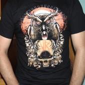 Брендовая стильная футболка Gildan м-л .