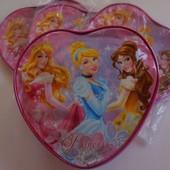 Рюкзак сердечком с принцессами от Disney