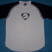 Фирменная футболка Nike L