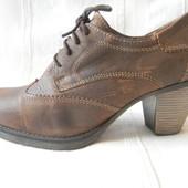 Кожаные туфли Tamaris р.38 дл.ст 25см